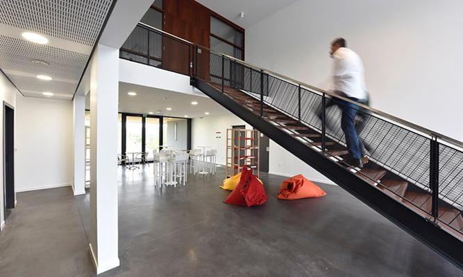 station-escalier